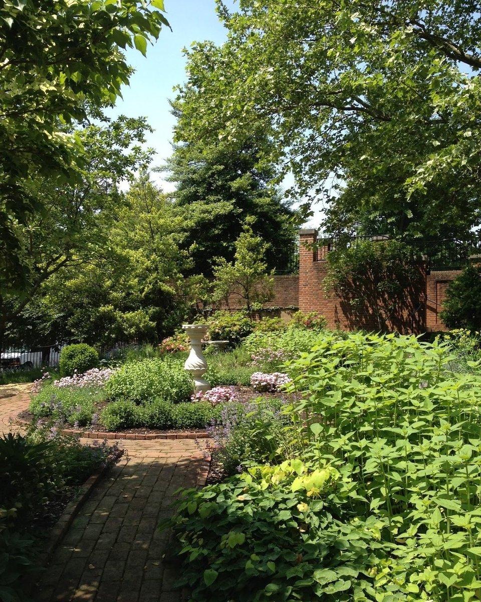 @dumbartonhouse - Dumbarton House