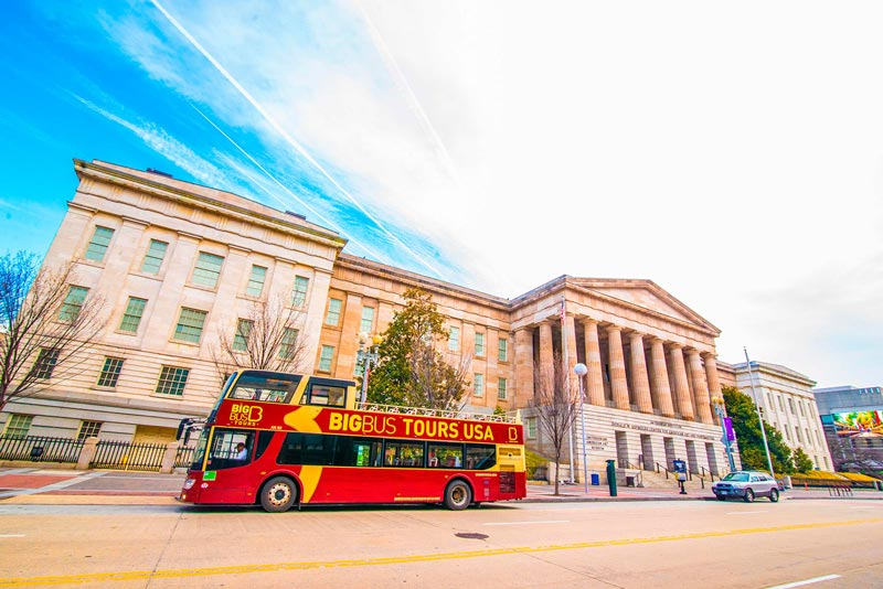 Big Bus Tour in downtown Washington, DC - Sightseeing options in DC