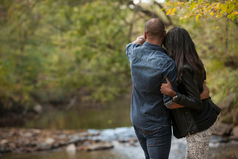 Couple at Rock Creek Park in Washington, DC - Romantic outdoor activities and things to do