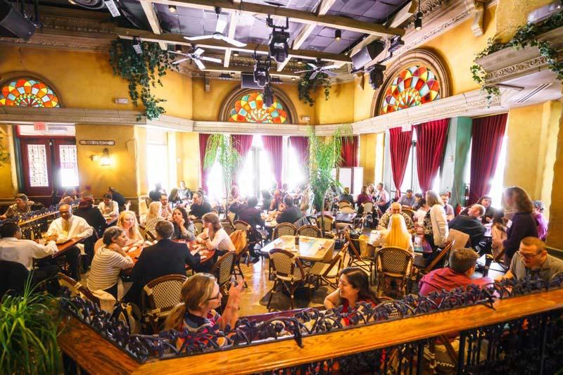 Cuba Libre Restaurant und Rum Bar – wo man in der Nähe des Walter E. Washington Convention Center in DC zu Mittag essen kann
