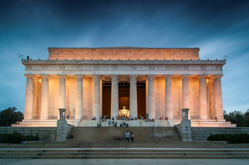@jbrockel11 - Lincoln Memorial on the National Mall at night - Memorials in Washington, DC