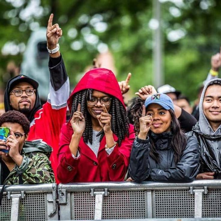 @b_france_is - Festivalbesucher beim Musikfestival auf dem Gelände des Gateway Pavilion - Aktivitäten in DCs Stadtteil Congress Heights