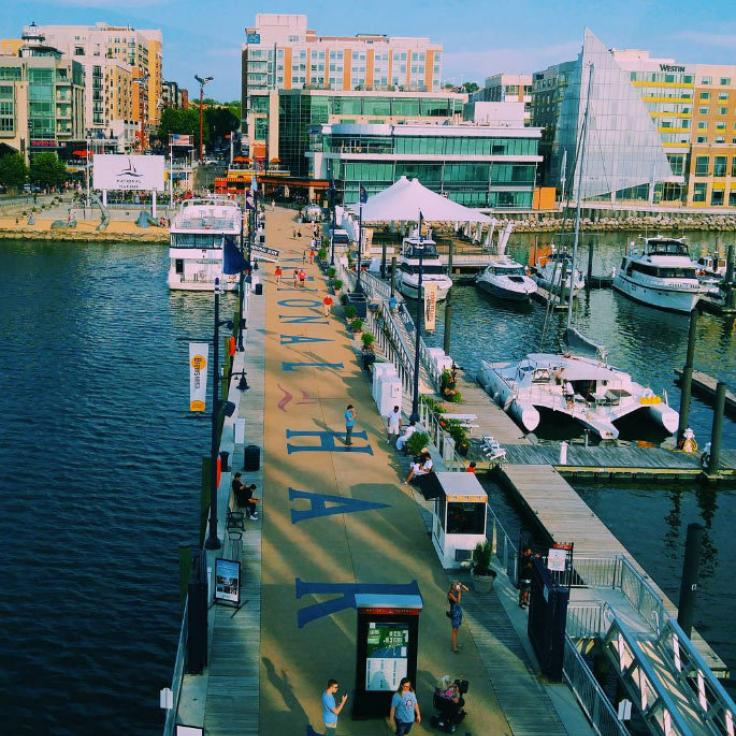 @insta_kenya - Dock at National Harbor in Maryland - Aktivitäten nahe Washington, DC