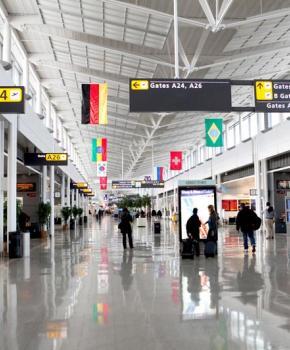 Concourse B en el Aeropuerto Internacional Washington Dulles - Aeropuertos cerca de Washington, DC