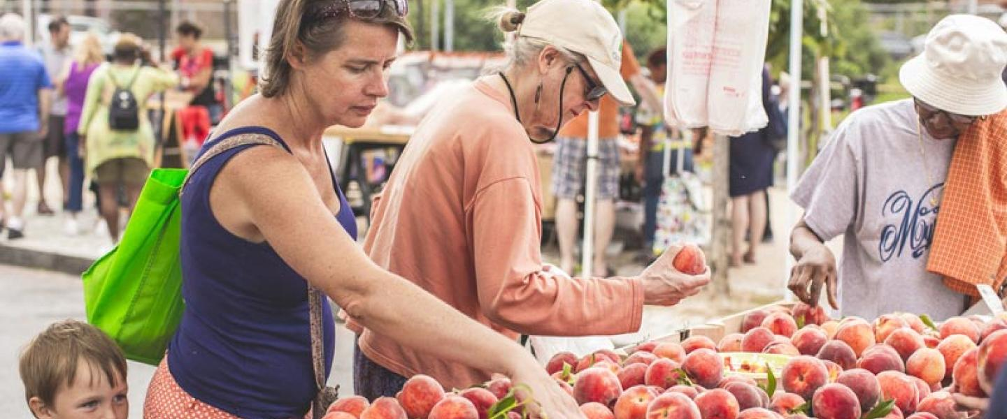 The best farmers' markets for fresh produce in Washington, DC - Freshfarm Market at H Street NE