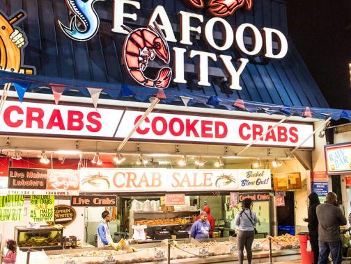 Der städtische Fischmarkt am Wharf