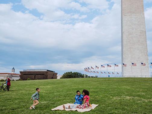 Familie auf der National Mall
